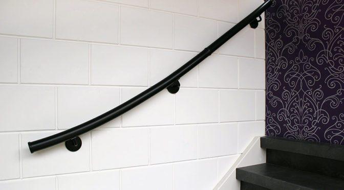 Kunststof trapleuningen, wat zijn de voordelen?